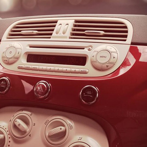 Does the AC Really Waste Gas? Rolling the Windows Down vs. Blasting Air Conditioning